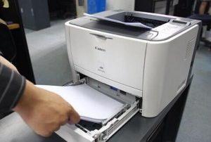 CBD 学校附近的复印打印中心出售 photo